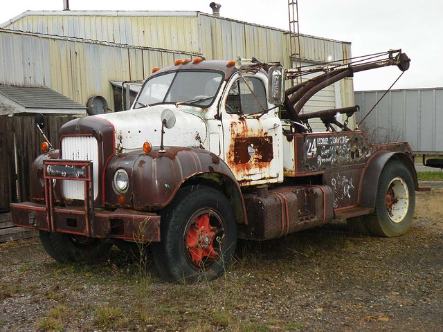 old mack wrecker photo picture. Black Bedroom Furniture Sets. Home Design Ideas