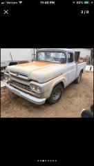 1960 ford F100 short box fleetside project truck