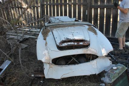 2 Austin Healey 100/6 Barn Find Project Cars 100-6
