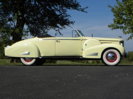 1938 Cadillac Series 90 Convertible Coupe