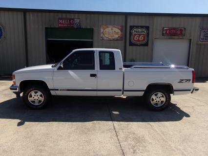 1994 Chevy 4X4 1 Owner Truck 59K Miles LIKE NEW