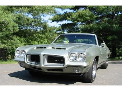1972 Pontiac GTO 400 V8 4 Spd 15000 Actual Mi