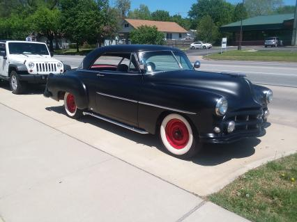 1952 Chevy 2-dr HDTP Custom/RAT ROD