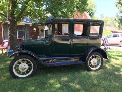 1926 model T 4-door sedan