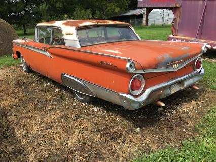 1959 Ford Galaxie 500  2-Dr post