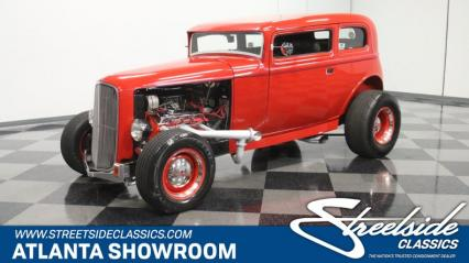 1932 Ford 5-Window Vicky