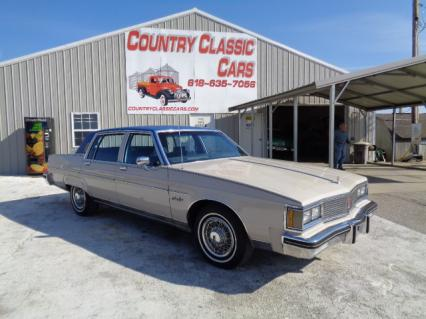 1983 Oldsmobile 98 regency 4dr sedan