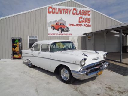 1957 Chevy 4dr Sedan
