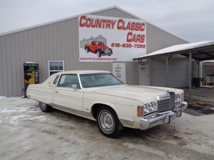 1974 Chrysler New Yorker 2dr brougham