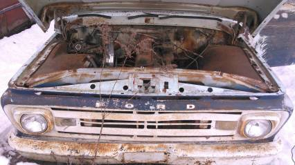 3 61-63 Ford Unibody short box no titles