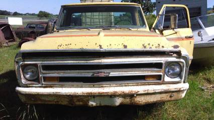 68 chevy 4x4 now 2wd parts or restore has title