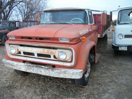 1962 Chevy 60 series farm truck 1 1/2 ton