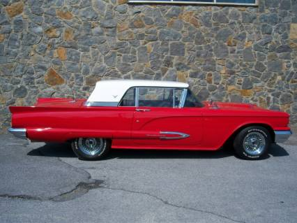 Beautiful 59 T-Bird