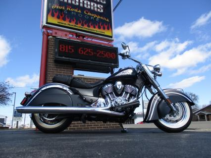 2015 Indian Chief Classic Custom with 8 Miles