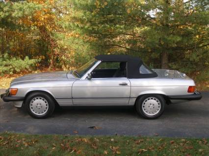89 MERCEDES 560SL CONVERTIBLE/CPE REDUCED38500FIRM