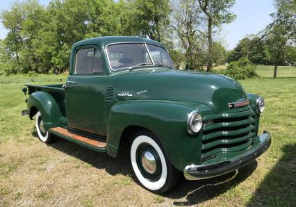 1953 Chevy 3100 short bed 3 window Pick-Up