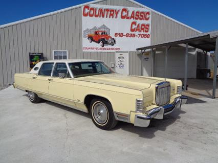1977 Lincoln Continental Town Car 4dr
