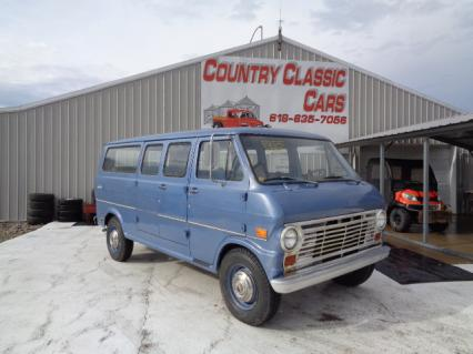 1969 Ford E200 Club Wagon Custom Van