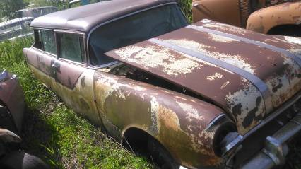 55 pontiac 2dr station wagon for parts or restore