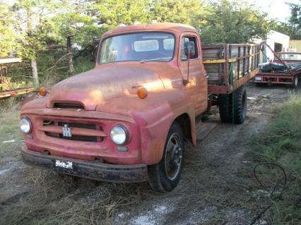 1955 IHC International R 160 1 1/2 ton truck