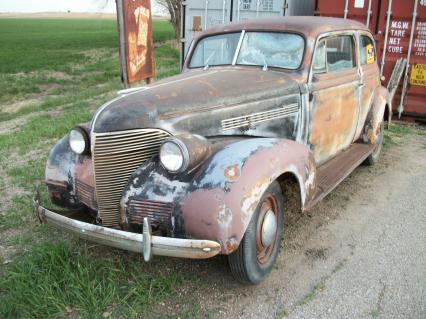 1939 Chevy Master Deluxe 2dr Sedan