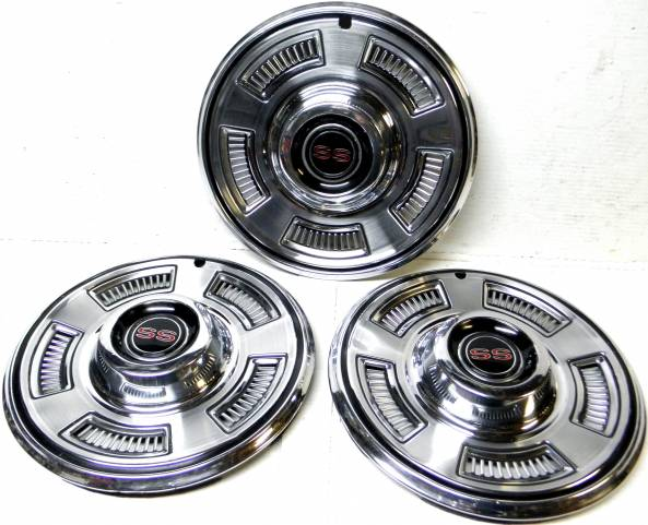 1967 Chevelle SS396 Wheel Hubcaps Covers Camaro