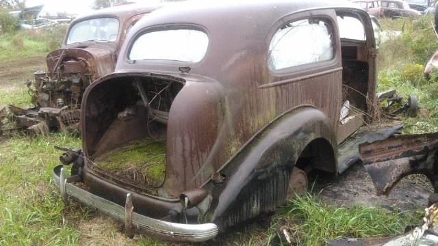 36 pontiac 2dr sdn (parting out)