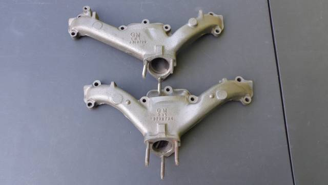 1961 348 #3732793 - #3732794 Exhaust Manifolds